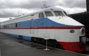 Weiß, Rot, Blauer Schnellzug der sowjetischen Staatsbahn, der ER 200.