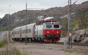 Schwedischer Schnellzug in Kiruna