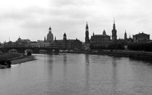 Dresden: CANALETTO BLICK IN SCHWARZ-WEISS
