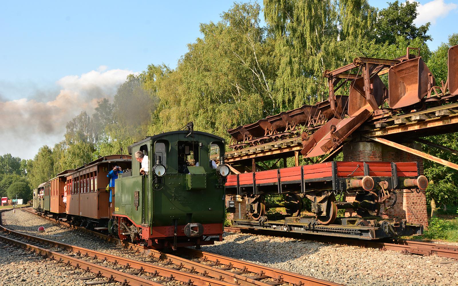 Foto: Ein Nachbau der I K, der ersten Schmalspurbahn-Lokomotive Sachsens, fotografiert von - wie könnte es anders sein - Schmalspurbahn-Fan und railmen-Lokführer Steffen Mann in Mittelsachsen.