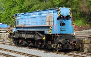 Alter Schienenkran von TAKRAF hilft bei Streckensanierung der Gebirgsbahn zwischen Hanusšovice und Mikulovice