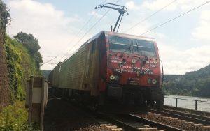 E 189 206 Vincent van Gogh Triebwagen der ERS Railways auf freier Strecke