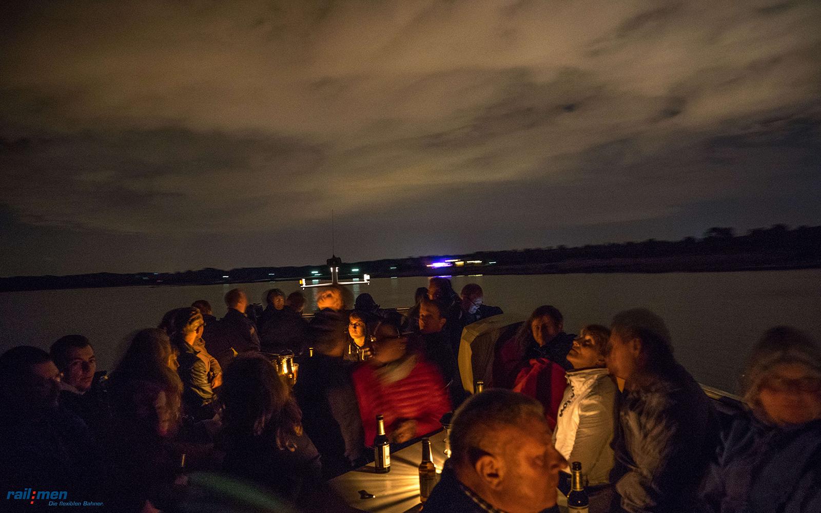 ©Foto: Philipp Prauser | Eine Seefahrt die ist lustig… | Romantische Nachtfahrt mit der MS Cospuden
