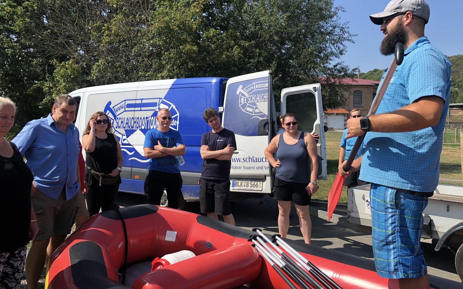 ©Foto: Jahn Krehl | Railmen-Tag 2019 | Rafting-Tour Einweisung durch den Guide